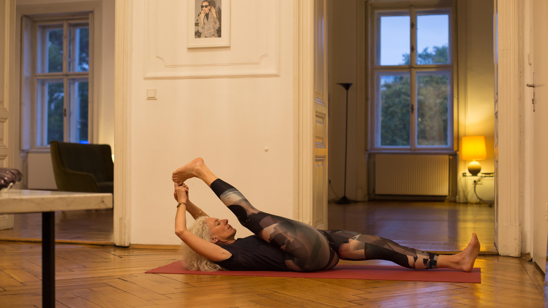 Anastasia Stoyannides | Hatha Yoga Bien Tempéré